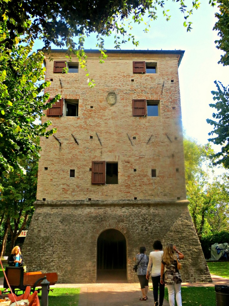 Saracen Tower, Bellaria