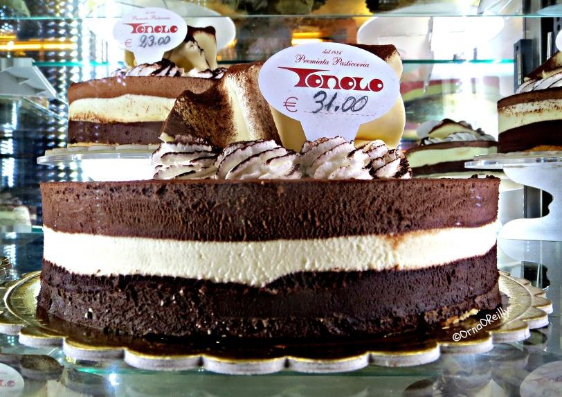 Tonolo: Venetian Chocolate Cake