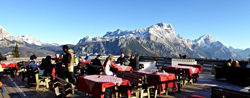 Rifugo over Cortina