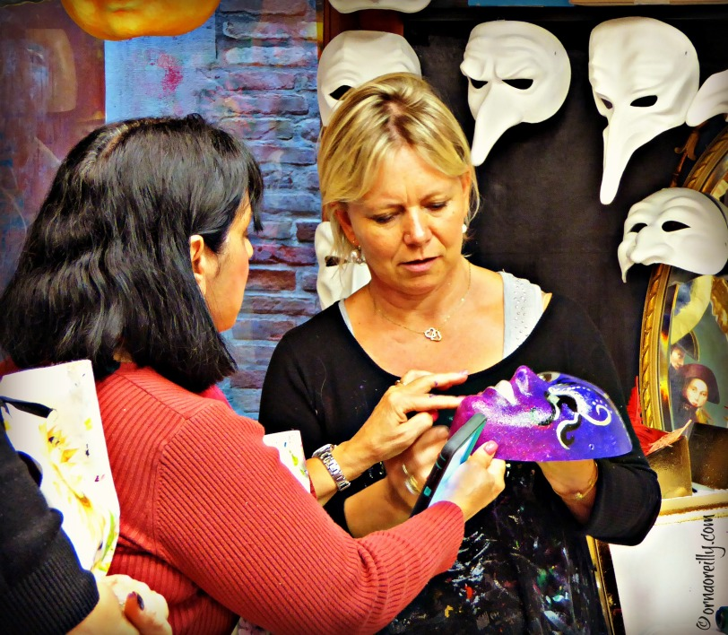 Painting Masks l ©ornaoreilly.com