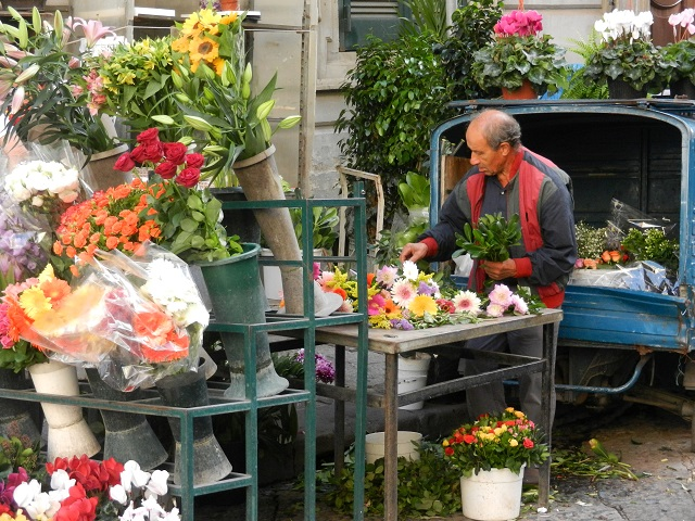 Flower seller in Naples