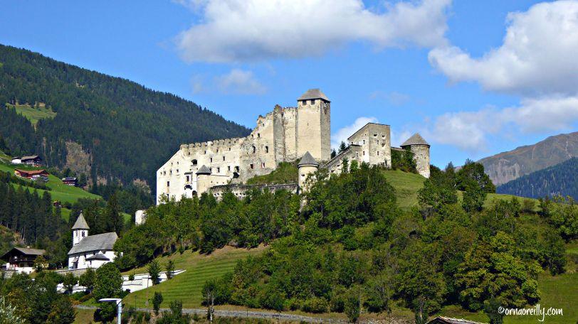 Heinfels Castle