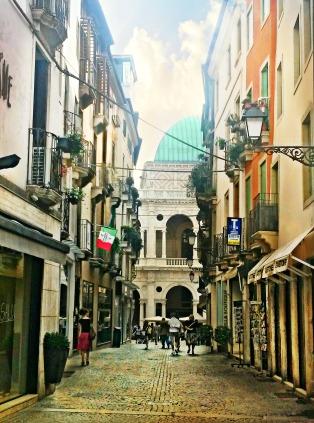 Approaching Piazza dei Signori