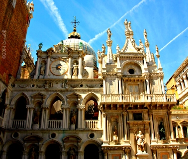 Palazzo Ducale or Doges Palace internal courtyard