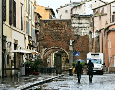 Portico d'Octavia and restaurants